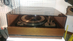 Sold PPU  Dual 1019 Turntable Sold PPU
