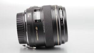 like new canon EF 85 1.8 USM portrait lens