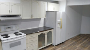 Rooms for rent near Durham College for female students only