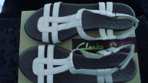 Clark's Women's White Patent Sandals for Sale in size 11 Medium