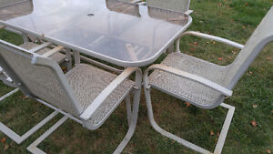 Patio table and 6 chairs Peterborough Peterborough Area image 2