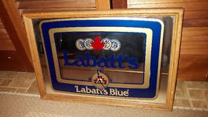 Old Vintage LABATT'S BLUE MIRROR CLOCK (Man Cave must have..)