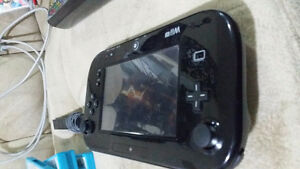 WiiU with games and 4 controllers, Can offer on anything West Island Greater Montréal image 1