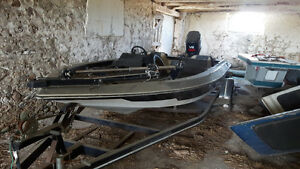 93 adventure 190 19' bass boat with trailer $3250 obo