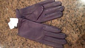 Womens leather touchscreen gloves new with tags Sz 8