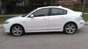 Mazda3 parting out 2,3 litres 5speed, Leather Sedan