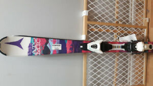 New youth skiis and skii boots