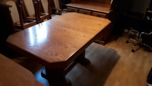 oak dining table and 6chairs