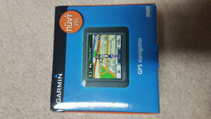 Garmin Nuvi 255 GPS Touch Screen In Box!