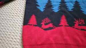 Amazingly beautiful / ugly Christmas sweater Kitchener / Waterloo Kitchener Area image 3