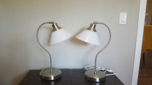 2 Bedside or desk lamps
