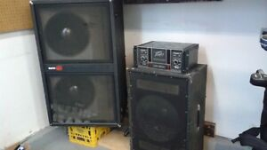 SUNN BASS CABNET WITH 2- 18' JBL SPEAKERS