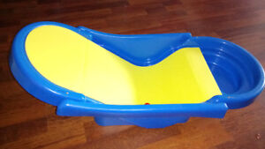 Baby/infant bath recliner