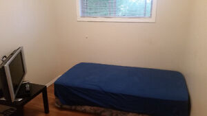 Bedroom for Rent 500