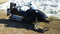 "2006 Skidoo GSX 550 Fan Touring 2 Up Seat, 137"", Electric Start"
