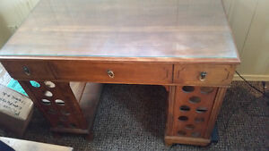 ORIGINAL GIBBARD WRITING DESK WITH DRAWER AND SHELVES