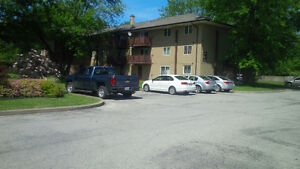 Must see!! Spacious & Modern 2 bedroom Apartment unit available