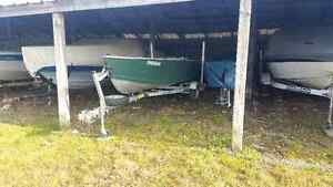 $3200 aluminum boat Johnson 9.9 hp outboard