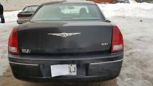2005 Chrysler 300-Series Familiale