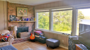 Gorgeous Sublet in St. Margarets Bay $1200