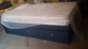 Twin bed with lots of storage