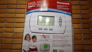 THERMOSTAT  Honey Well
