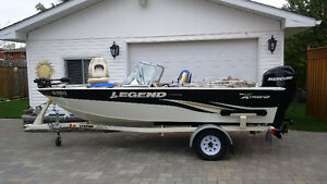 Legend Extreme16 - 60 HP Outboard - Glide On Trailer