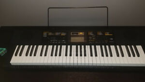 CTK2400 keyboard (piano)
