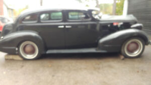 1937 Pontiac chopped with suicide doors