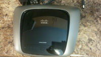 Like new Linksys E2000 Wireless Router
