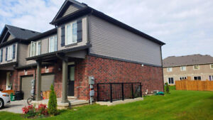 Beautiful 3 Bed 2.5 Bath Townhouse for rent in Niagara Falls