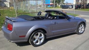 2006 Ford Mustang GT - Convertible Coupe (2 door)