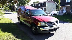 2002 Ford F-150 XL Camionnette
