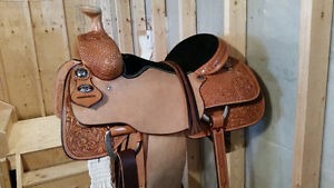 "15 1/2"" Martine roping saddle"