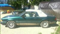 1990 Ford Mustang 5.0 L LX Convertible - 7 UP