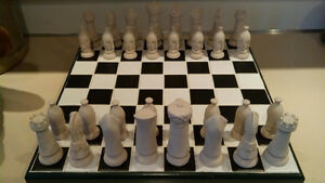 ceramic chess set Windsor Region Ontario image 1
