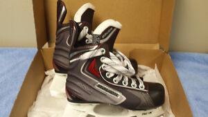 BAUER Youth Hockey Skates - NEVER WORN - Size 13