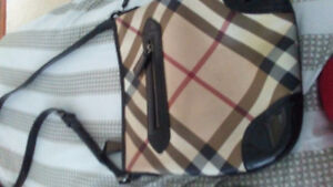 Real burberry purse cross body harldly used bag