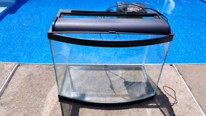 CURVED 25 GALLON FISH AQUARIUM WITH FILTER PUMP