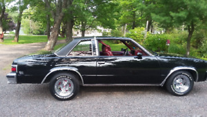 Rare  79' Chevelle Malibu Classic with factory 4 speed!