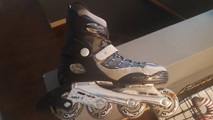 Quality rollerblades (size 9) new condition