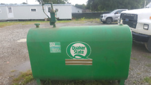Great Quaker state oil tank for sale $200!!