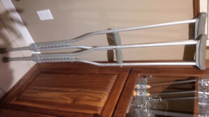 Fully adjustable Metal crutches and wood crutches
