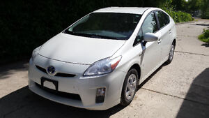 2010 Toyota Prius Hybrid-Great condition and gas mileage!