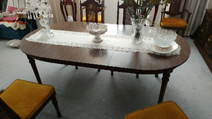Dining Room Table Chairs Hutch Set