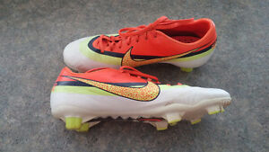 Outdoor soccer cleats NIKE