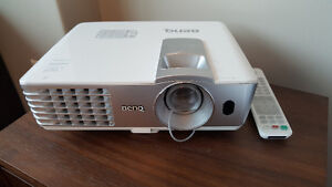 BenQ HT1075 1080p Projector with Keystone!!