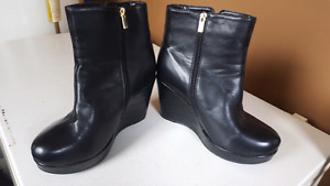 Size 11 ladies ankle booties