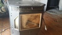 Englander Pellet Stove with pipe