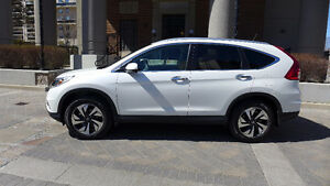 2016 Honda CR-V Touring- Like New